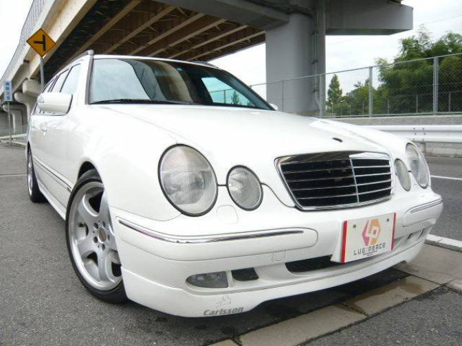 Mercedes benz e class e station wagon pictures for Mercedes benz e class wagon for sale